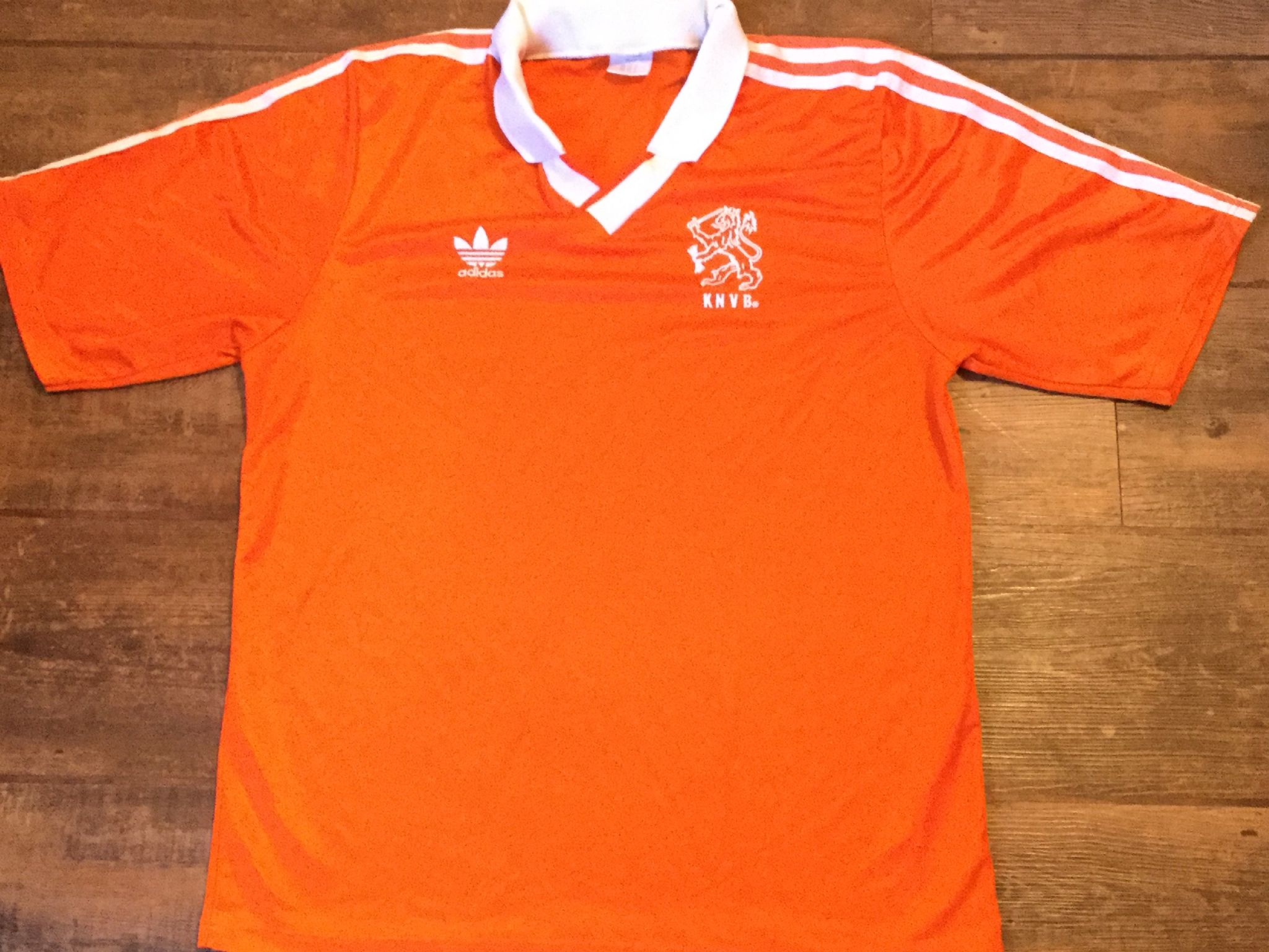 wholesale dealer a7b07 fd17f Retro Adidas International Football Shirts