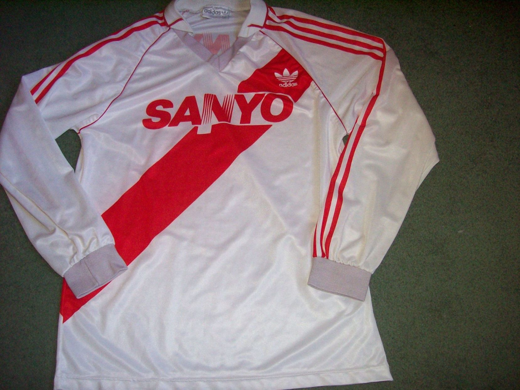 HomeRest of the WorldCentral   South American ClubsArgentinian ClubsRiver  Plate 882c13215