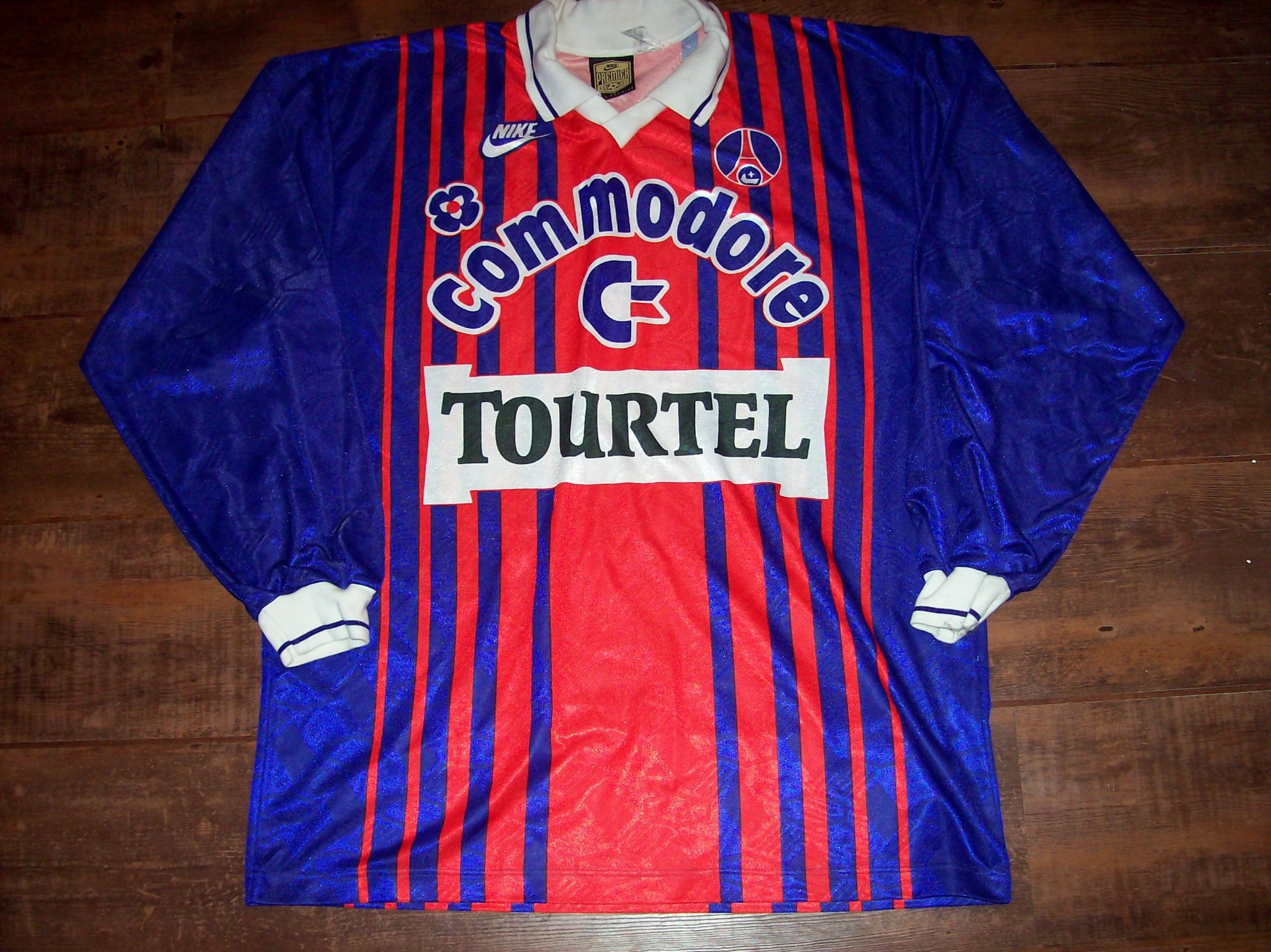 78d490ec8904f 1993 1994 PSG Paris Saint Germain L s Football Shirt Adults Large