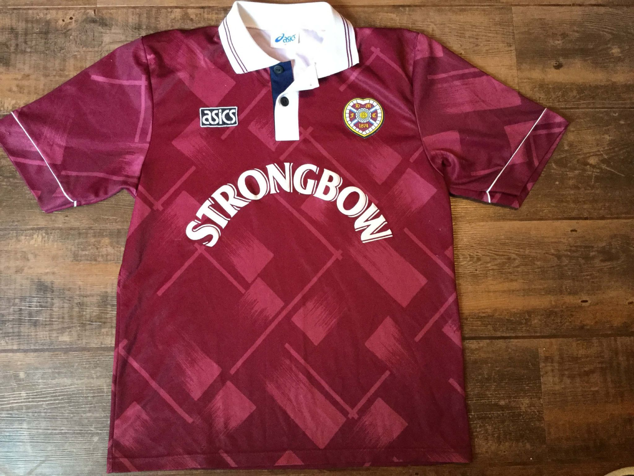 795f5bcc738 1993 1995 Hearts Home Football Shirt Adults Large Top Scotland Vintage  Jersey