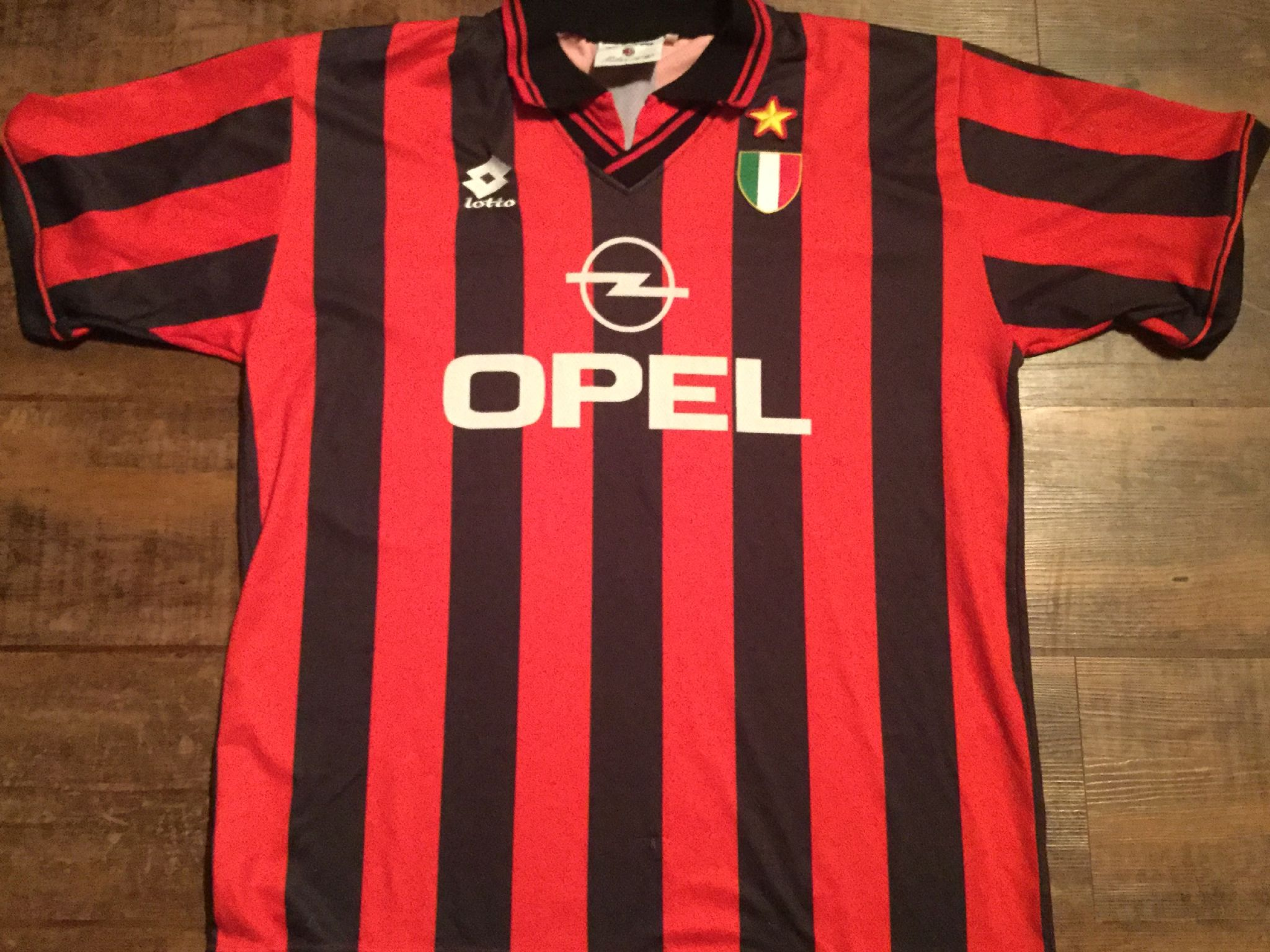 37b33d7ac 1994 1995 AC Milan Home Football Shirt Adults XL. £54.99
