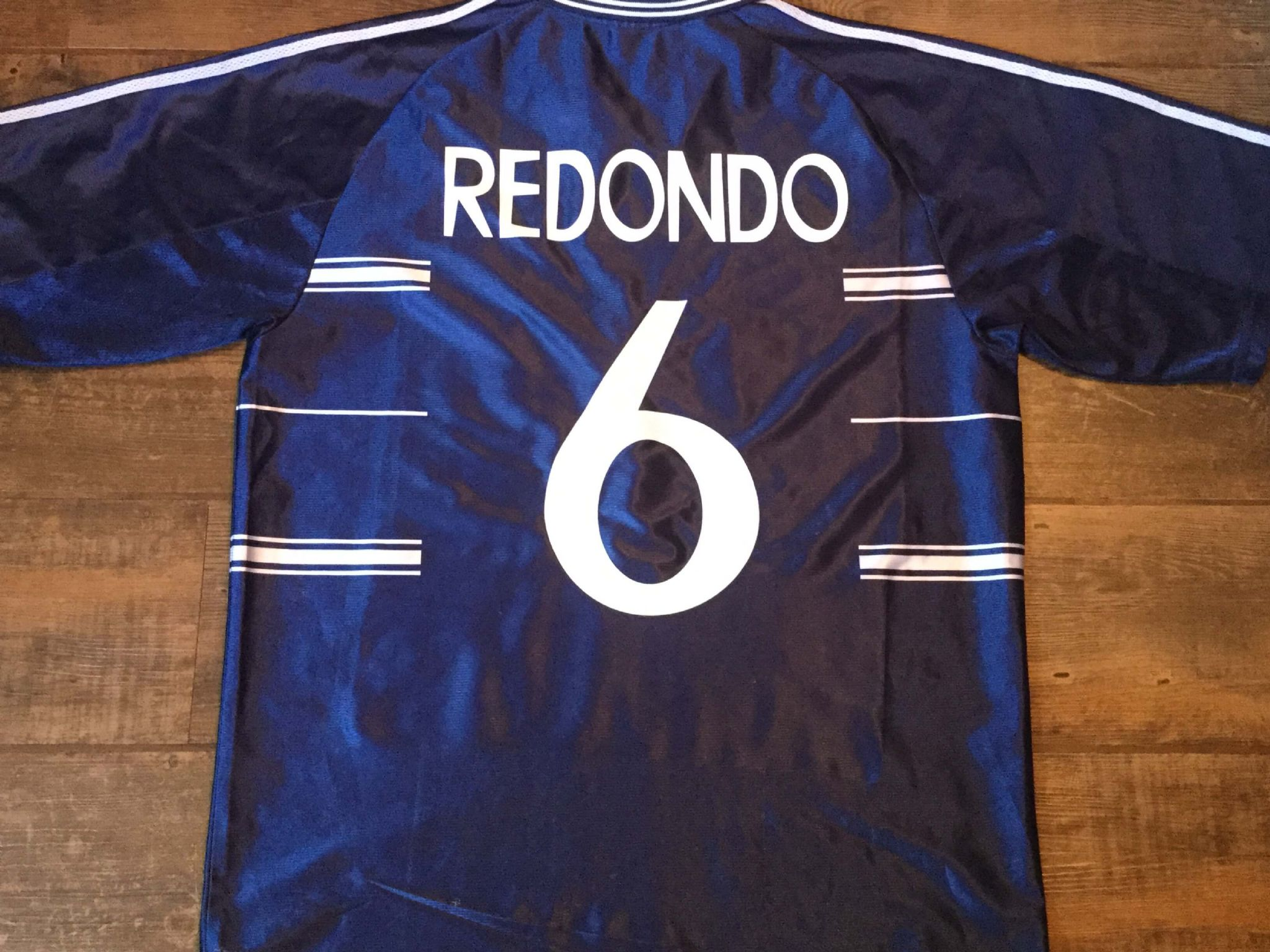a7a02be2a 1998 1999 Real Madrid Redondo Football Shirt Adults Large