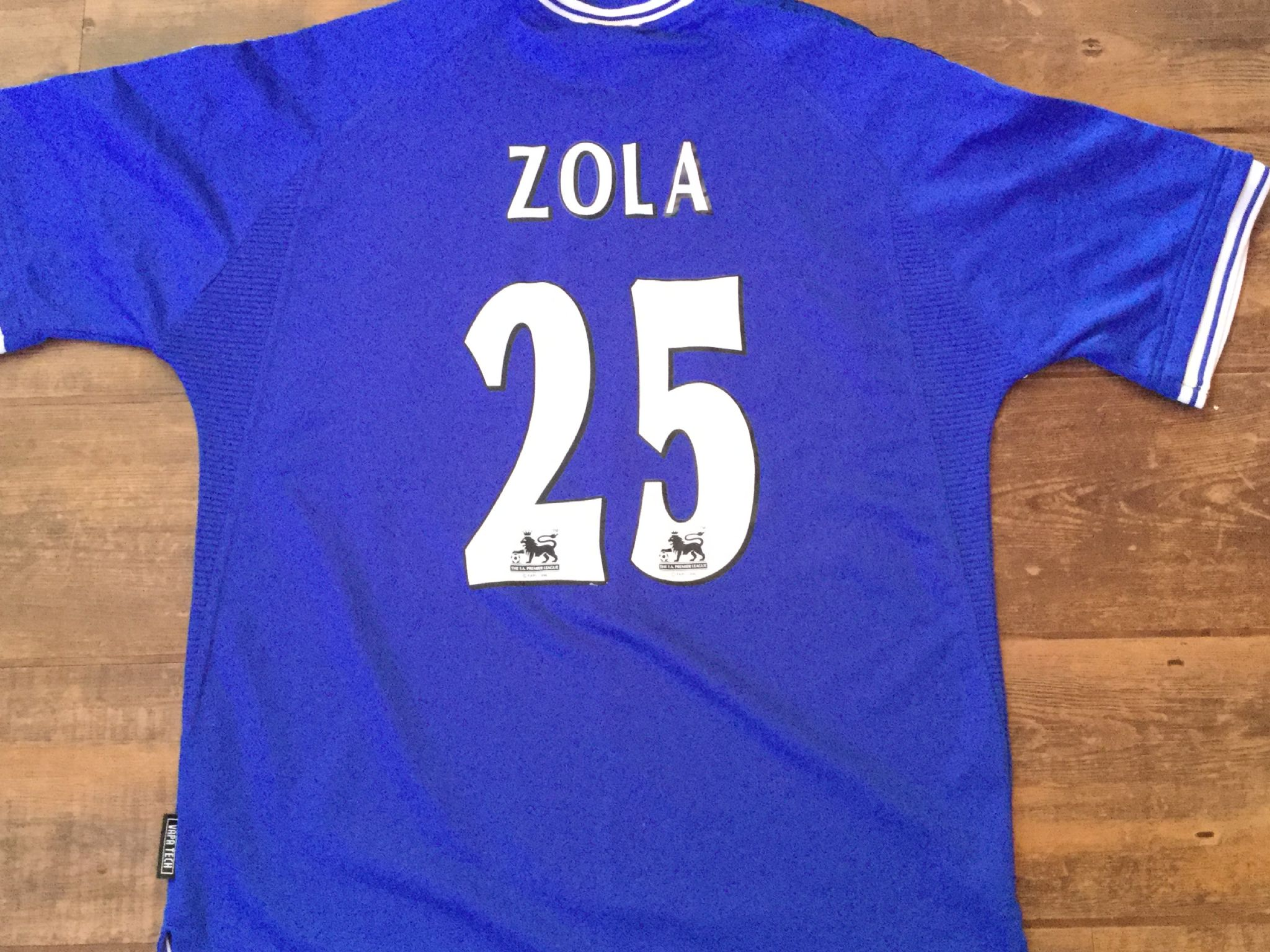 fa333efe8a4 Global Classic Football Shirts | 1999 Chelsea Vintage Old Soccer Jersey