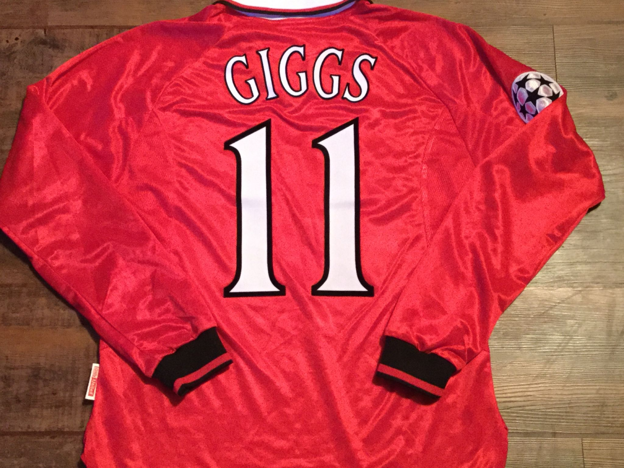 3ac647f9 1999 Manchester United Giggs CL Medium Long Sleeved L/s Classic Football  Shirt Vintage Soccer Jersey