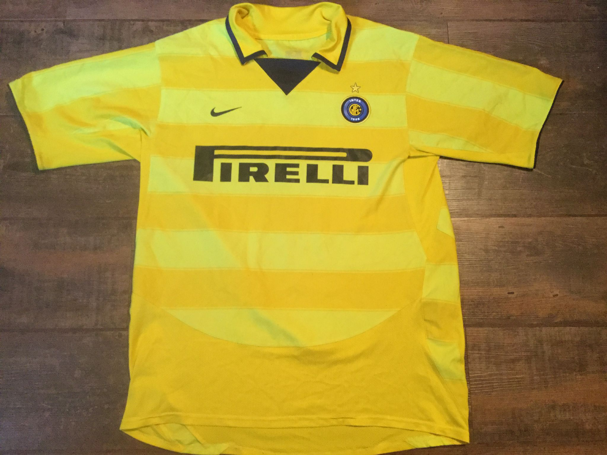 wholesale dealer 7aefb 99423 Global Classic Football Shirts | 2003 Inter Milan Vintage ...