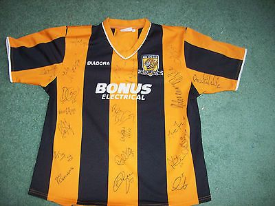 2004 2005 Hull City Squad Signed Football Shirt COA Centenary Top