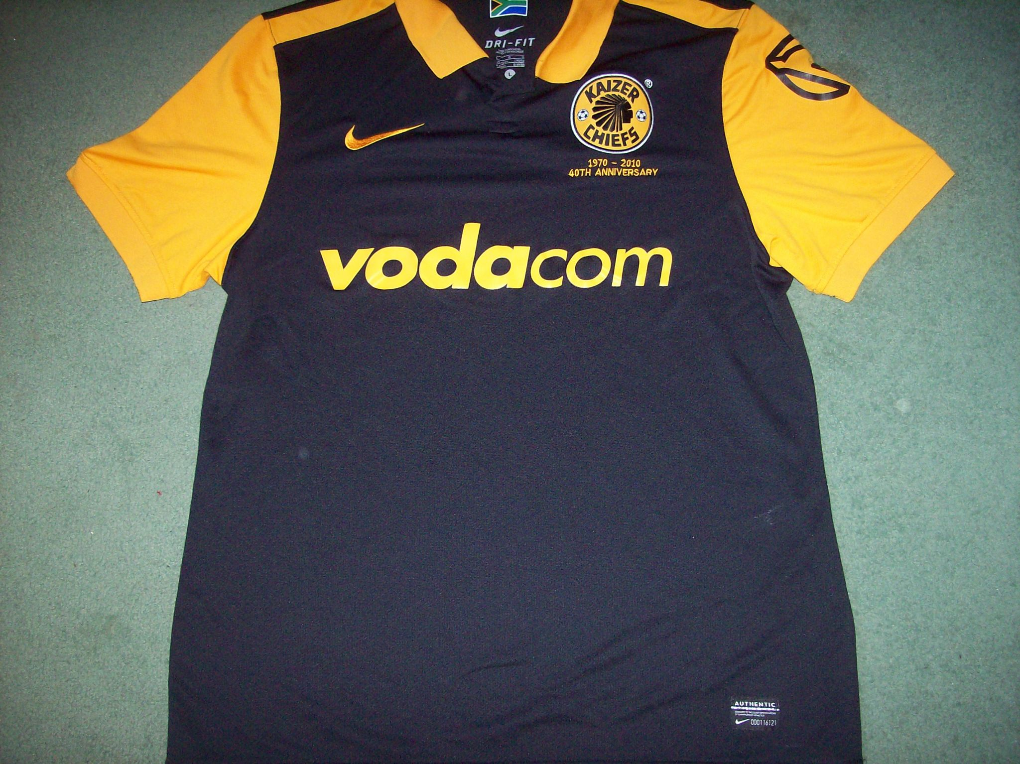 Global Classic Football Shirts 2010 Kaizer Chiefs Retro Old