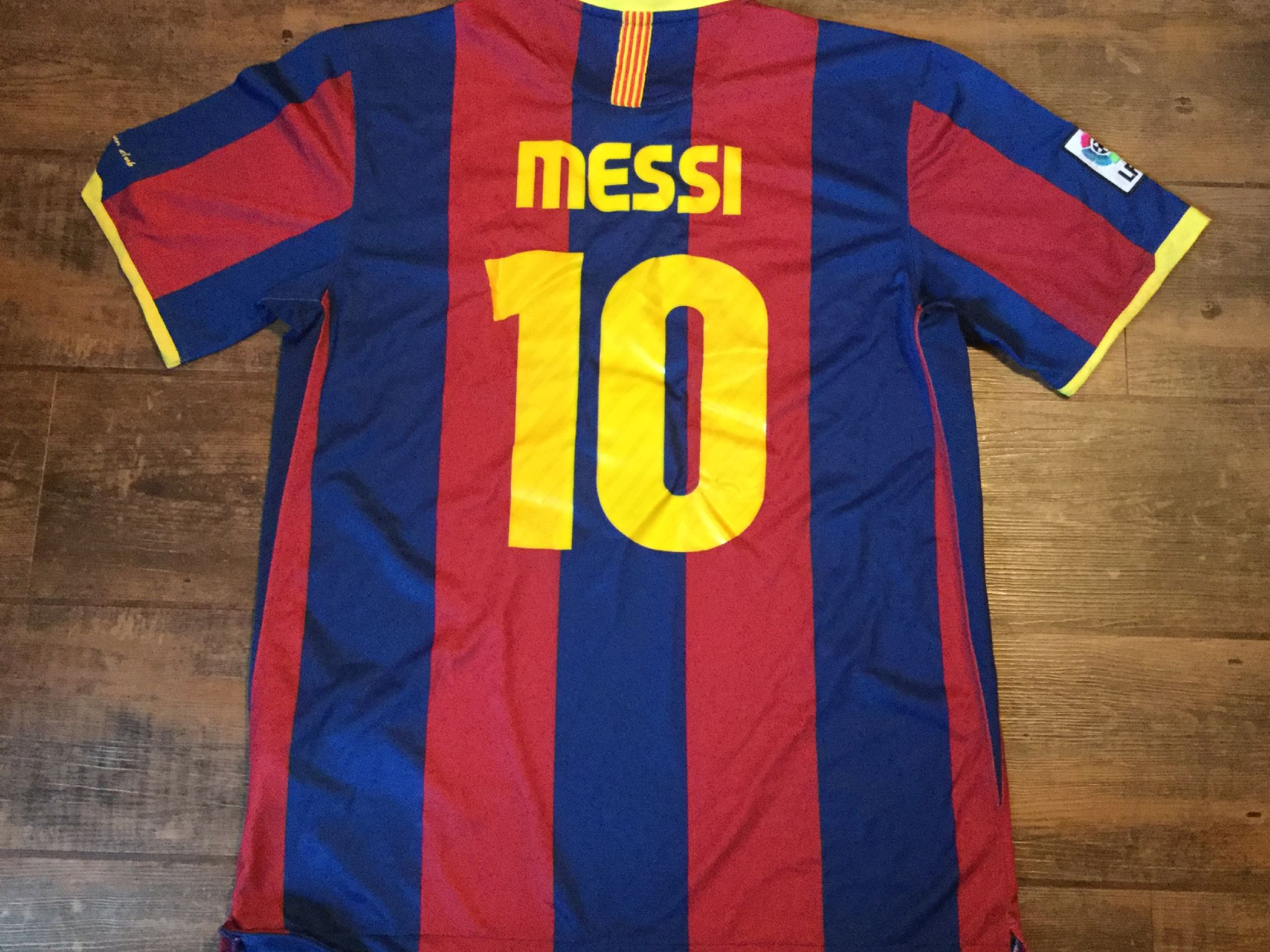 2b59a0cedef Global Classic Football Shirts | 2010 Barcelona Messi Old Vintage ...